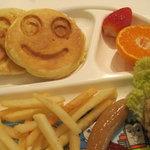 百菜 - スマイルパンケーキ