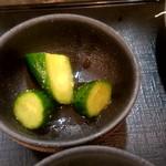 大衆食堂 御膳屋 - 【2018.6.27(水)】満腹御膳980円の漬物