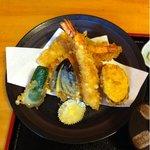 天春 - 上天ぷら定食、1,575円。