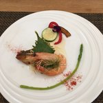 光の穂 - 魚料理 天使の海老と白身魚のポワレ〜グレープフルーツソースよくばりランチ