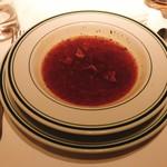 88313085 - 本日のスープ。牛肉のなにか。。