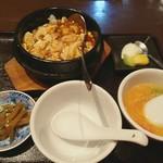 88317926 - 熱々石鍋セット(麻婆豆腐)