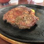 田中屋レストラン - ランチステーキアップ