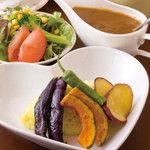 喫茶 フォレスト - 料理写真:スパイシースープカレー