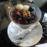 CAFE DROME - 黒ゴマアイスぜんざい