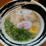 """九州とんこつラーメン ひろ - 醤油ラーメン""""キレ"""""""