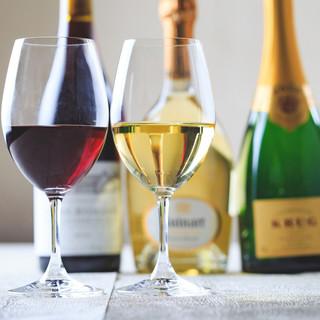 常時100本以上のフランス産ワインをご用意