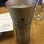 グッドラックカフェ - ハイボール、超冷たいグラス