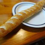 DONNER - ソーセージの長いパン