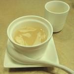 天厨菜館 - [料理] 酸辣湯スープ 全景♪w