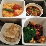天厨菜館 - [料理] 中華4種 プレート全景♪w