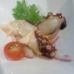 88350381 - (前菜オニスラを食べるとちゃんとタコが。)