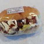 トミダベーカリー - 料理写真:チキンカツサンド 170円