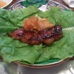肉料理 荒川 - サンチュで食べます!
