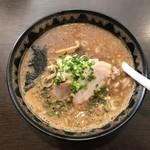 札幌真麺処 幸村 - 濃厚醤油ラーメンです。