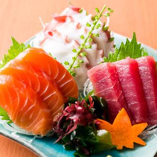 和洋中…バラエティ豊かな創作料理をお楽しみください。