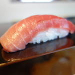 立ち食い弁慶 - 料理写真:中トロ