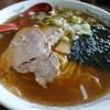 鈴木屋 - 料理写真:中華そば。やっぱり麺が訴えかけてくる