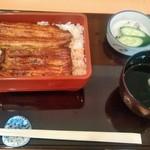 赤坂 ふきぬき - [料理] ランチうな重 セット全景♪w (蓋を取った所)