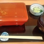 赤坂 ふきぬき - [料理] ランチうな重 セット全景♪w (蓋を取る前)