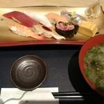 伊豆太郎 - お寿司