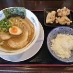 麺や大舎厘 - 料理写真:からあげ定食 800円(平日限定)