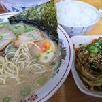 壱番亭 - ラーメン定食C