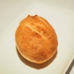 ゴーシェ - ランチコース 4640円 のパン