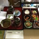 中国精進料理 凛林 - 介護が楽しくなる器