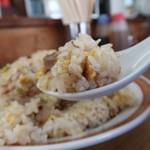 亀戸餃子 - 炒飯大盛り650円