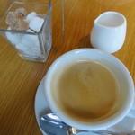アマルフィイ ホワイトガーデン - コーヒー