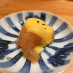 燗コーヒー藤々 - お通し(北海道のシマエビとたけのこに黄身酢)
