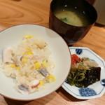 燗コーヒー藤々 - 炊き込みご飯と漬物とお味噌汁