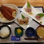 づけ丼屋 桜勘 - 日替わり定食(大きなアジフライ定食)