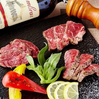 ダチョウ肉など厳選肉料理を仕入れ!
