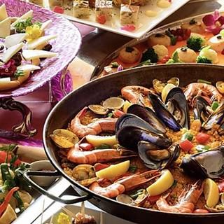 スペイン料理を心ゆくまで堪能・・各種コースご用意しております