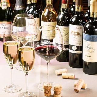 約400種類!本場スペインの蔵元直送のワインをご提供!