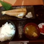 酒蔵 季 - しまほっけ(サラダバ-なし)
