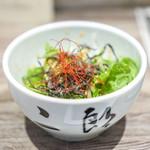 A5焼肉&手打ち冷麺 二郎 - 二郎サラダ