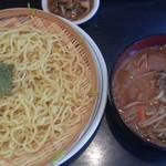 辛子堂 - ミニキムチ炒飯+軽めの味噌つけ麺の980円から軽めの味噌つけ麺