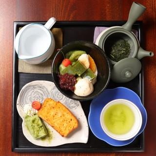 ハンドトリップの日本茶(煎茶)とお菓子セット