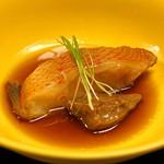 平和寿司 - キンキの煮付け