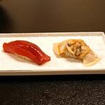 平和寿司 - 鮪のヅケと桑名のハマグリのニギリ