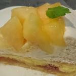 キルフェボン - 桃とチーズのタルト②