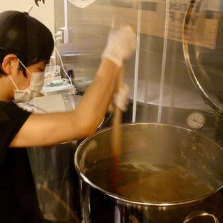 """【醸造所】""""小さなビール工場""""がなんとお店に併設!"""