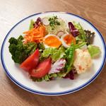 キッチンペロリ - コンビネーションサラダ