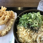 Sanukiudommurasaki - ぼっかけうどん [大]  かき揚げ + げそ天