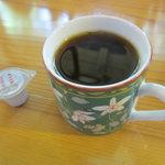 8844106 - 無料のコーヒーはセルフで!