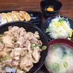 伝説のすた丼屋 - 料理写真:♪すた丼餃子セット¥910