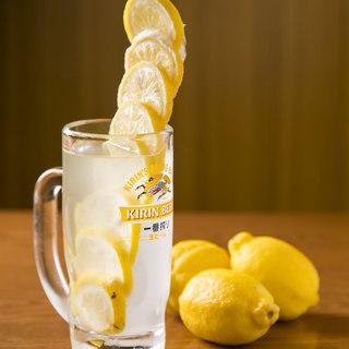 人気の1杯『最強レモンサワー』